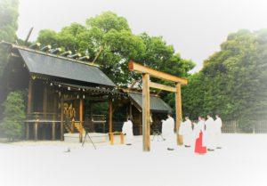 年越大祓を本日15時より斎行致します。